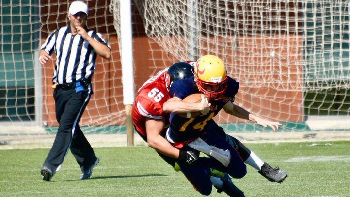 Partido entre las selecciones española y turca de Fútbol Americano en Las Rozas.