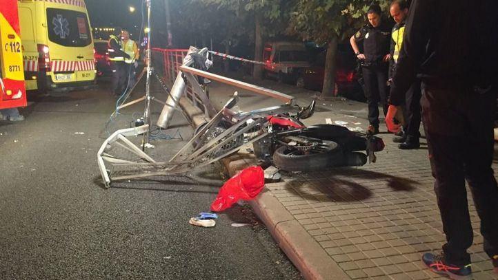 Accidente de moto en el Paseo de Extremadura.