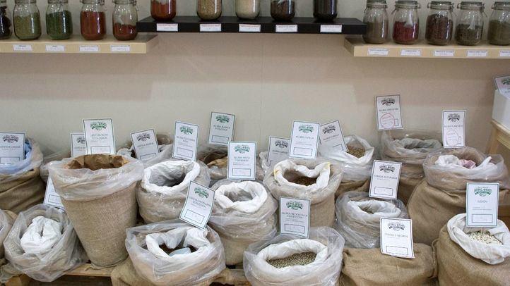 La iniciativa, que ya tuvo una experiencia similar en Barcelona, busca fomentar el consumo en las tiendas de barrio.