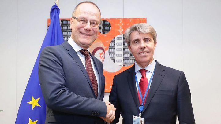 La Comunidad ultima su asignatura sobre la UE: será optativa y se ofertará en 2019