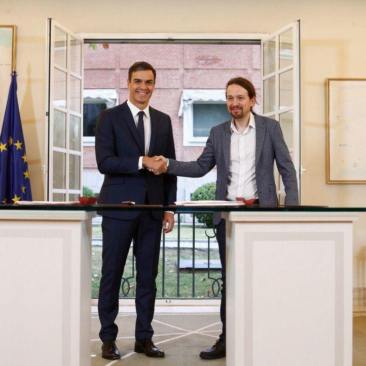 Sánchez e Iglesias firman un acuerdo de Presupuestos