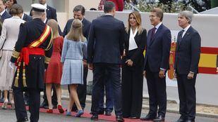 La familia Real saluda a los presidentes autonómicos, empezando por el madrileño Ángel Garrido