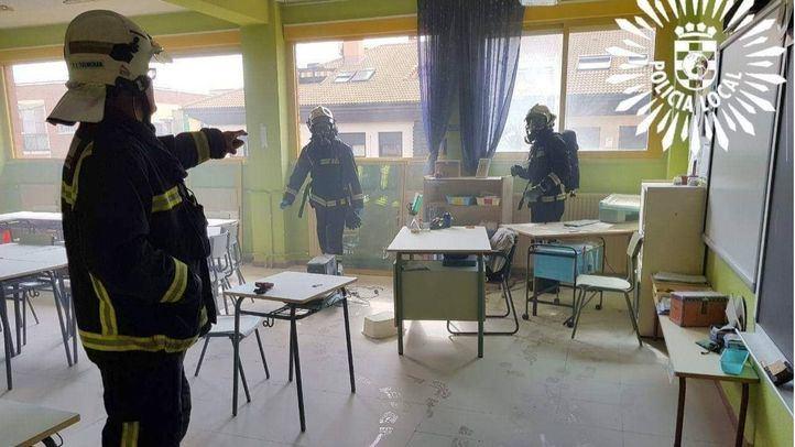 Intoxicada leve una profesora en Pinto al arder dos ordenadores