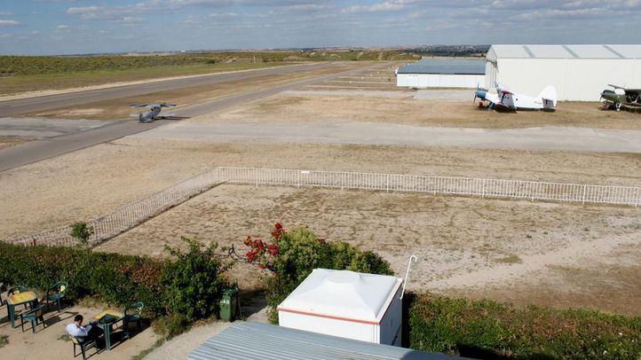Aeródromo de Casarrubios del Monte, sobre el que podría alzarse el segundo aeropuerto comercial de la Comunidad de Madrid.