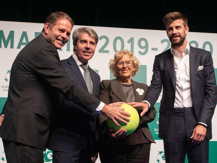 Al acto, han asistido Gerard Piqué, presidente de Kosmos Tennis, la alcaldesa de Madrid, Manuela Carmena, el presidente de la Comunidad de Madrid, Ángel Garrido y el presidente de la Federación Internacional de Tenis, David Haggerty.