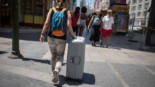 El Gobierno dice que acordará con las CC.AA. crear un registro estatal de viviendas de uso turístico.