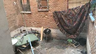 Abandonados en el centro de Aranjuez: La Regalada se marchita
