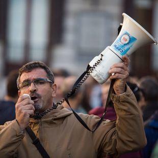 Sindicatos policiales piden una negociación directa con Carmena