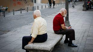 Más de 240.000 madrileños se han sentido 'muy solos' en el último año