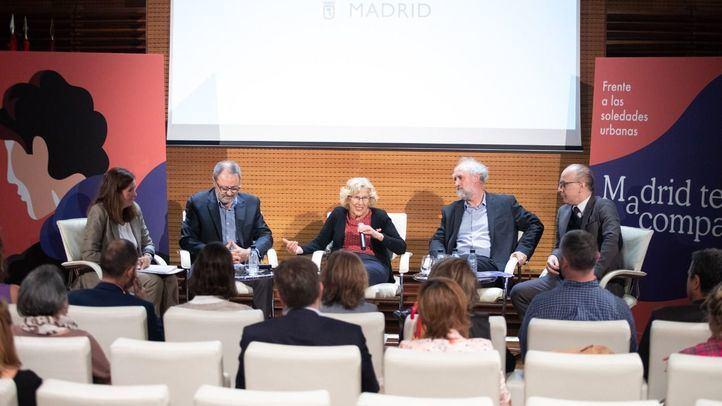 'Madrid te acompaña' invita a tratar, prevenir y reflexionar sobre la soledad no deseada desde a cultura con un amplio programa, que va desde las artes visuales a la literatura.