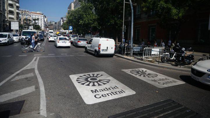 Los afectados por Madrid Central recogen firmas contra su implantación