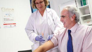 Enrique Ruiz Escudero ha presentado hoy la campaña de vacunación contra la gripe.