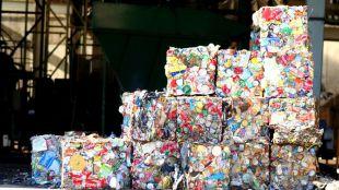 Madrid ultima su nueva estrategia de residuos, caducada desde 2016
