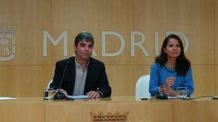 Jorge García Castaño y Érika Rodríguez en la presentación de la ordenanza.