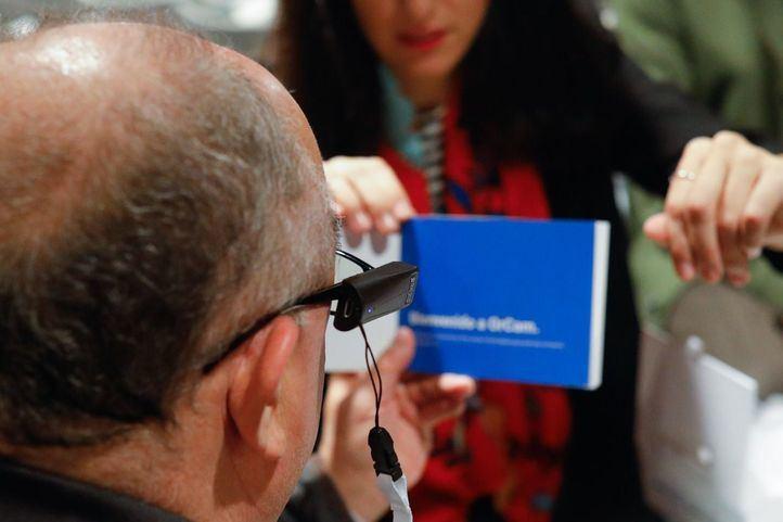 El Corte Inglés y OPTICA2000 presentan en Callao un nuevo producto de visión artificial para la gente con problemas de ceguera