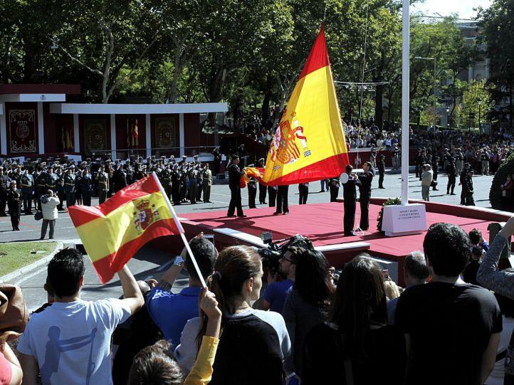 El homenaje a la Constitución 'relaja' el Pleno... con matices