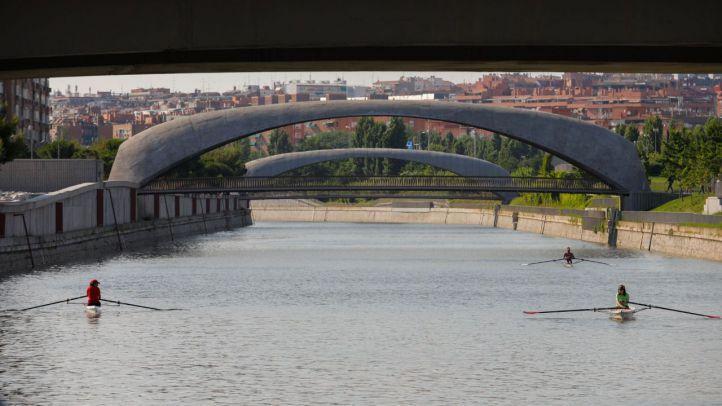 Una pasarela conectará la presa 9 del Manzanares y Madrid Río