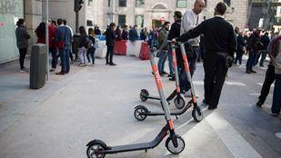 Apartinetes: cruzada ciudadana contra los patinetes en las aceras