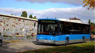 La Comunidad refuerza los servicios de bus a cementerios para Todos los Santos