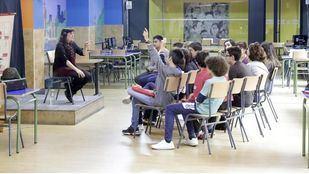 Escolares en clase.