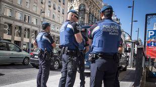 Detenido tras robar dos móviles por el método del abrazo