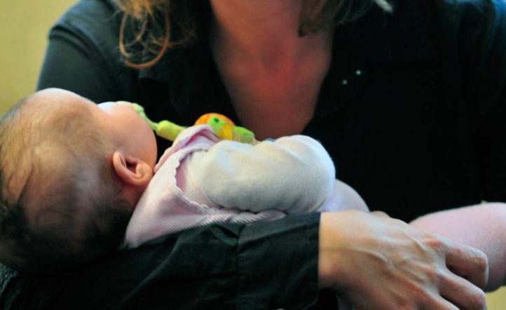 Solo el 17% de las madres recibirán una devolución por el IRPF de la baja