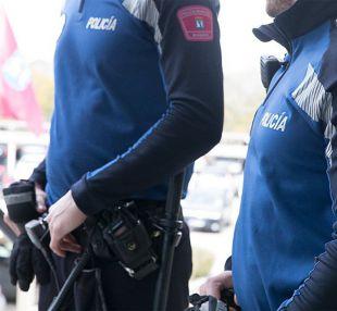Detenido un turista por agredir y amenazar de muerte a su pareja