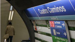 La caída de un viajero entre acoples provoca retenciones en la L1 de Metro