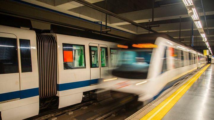 En los últimos días se han sucedido las acciones de grafiteros en Metro.