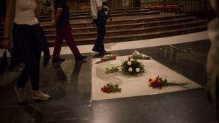 El fin de los trámites para la exhumación de Franco, previsto para enero