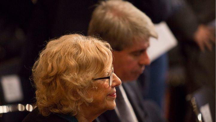 La alcaldesa de Madrid, Manuela Carmena, y el presidente de la Comunidad, Ángel Garrido.