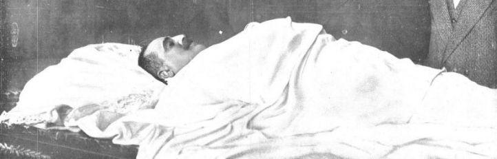 Cadáver de José Canalejas en el Minsiterio de Gobernación.