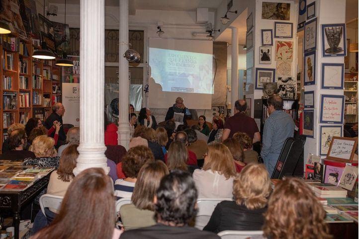 Voces femeninas para entender los 130 años de Fernando Pessoa