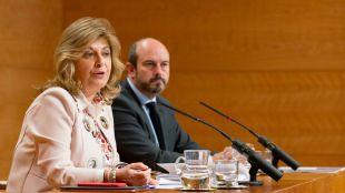 La consejera de Economía, Engracia Hidalgo, y el vicepresidente del Gobierno, Pedro Rollán, en una rueda de prensa este martes.