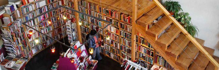 Librería Traficantes de Sueños en la calle Embajadores.