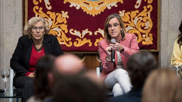 Carmena y Causapié, este lunes, durante la presentación de las cuentas para 2019.
