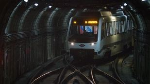 Un tren de Metro.