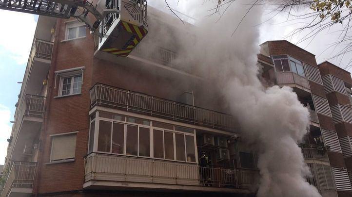 Incendio en el distrito de Puente de Vallecas.