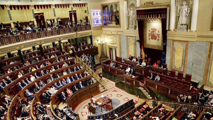 Colas y citaciones para 2020: la situación de los migrantes de Aluche llega al Congreso