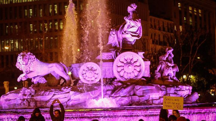 Manifestación por el Día de la Mujer que ha discurrido entre Atocha y la plaza de Cibeles el 8 de marzo.