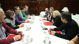 Representantes sindicales y del Ayuntamiento de Madrid en la negociación del nuevo convenio laboral de los empleados municipales.