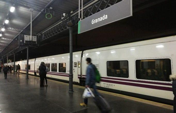 El Talgo vuelve a conectar Madrid y Granada