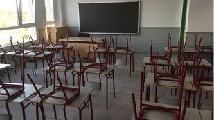 La Consejería de Educación responde a las críticas sobre las obras con varias fotos de colegios que estrenan aularios e instalaciones este viernes. En las imágenes, el colegio Miguel de Cervantes.