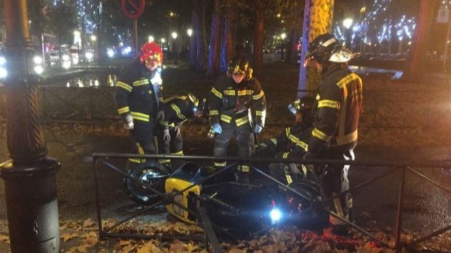 Herido grave un motorista tras colisionar con un microbús