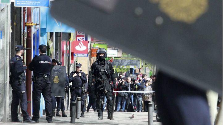 Policía Nacional interviene en un atraco en una foto de archivo.