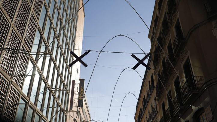 Instalados los 'semáforos' para peatones de Carmen y Preciados