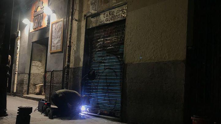 KO a otro narcopiso de Malasaña: tapiado el local de San Joaquín 12