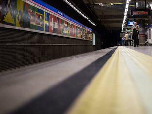 Los maquinistas de Metro denuncian una reducción de trenes en Navidad