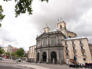 Carlos III inaugura la cúpula más grande de España