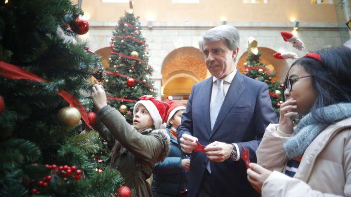 Belén, Casa de Papá Noel y Bosque de los Deseos: la Navidad impregna Sol